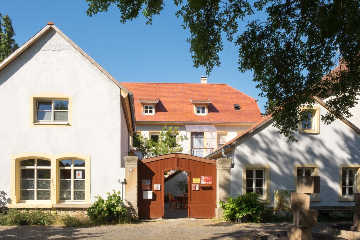 Außenansicht Mandelblütenhof in Neustadt-Gimmeldingen